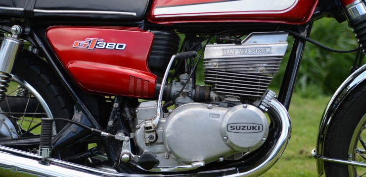 Suzuki GT 380 Motor