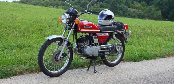 Suzuki GP 125