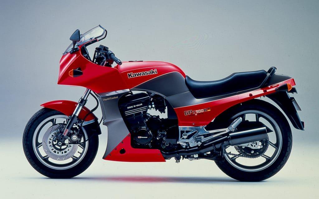 Kawasaki GPZ 900 R Auspuff