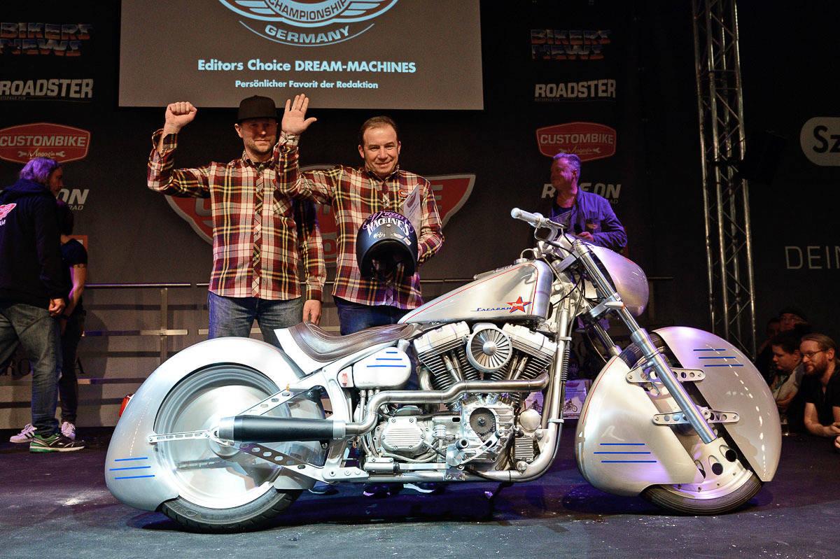 Neuer Besucherrekord Auf Der Custombike Show 2016 Motorcycle Suzuki Gs Custom Editors Choice Dream Machines Harley Davidson Softail Yuri Shif Weissrussland Quelle Huber Verlag Bike