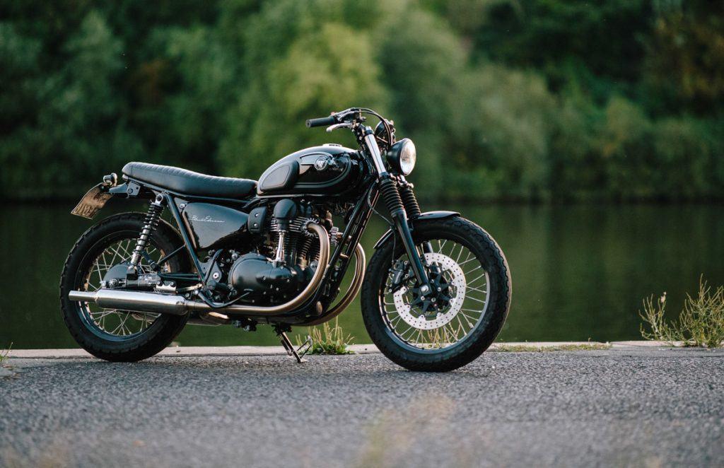 Kawasaki W800 Black Edition