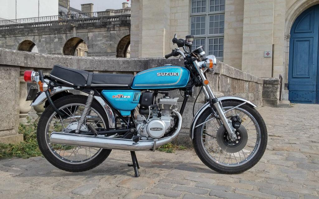 T 125 Suzuki