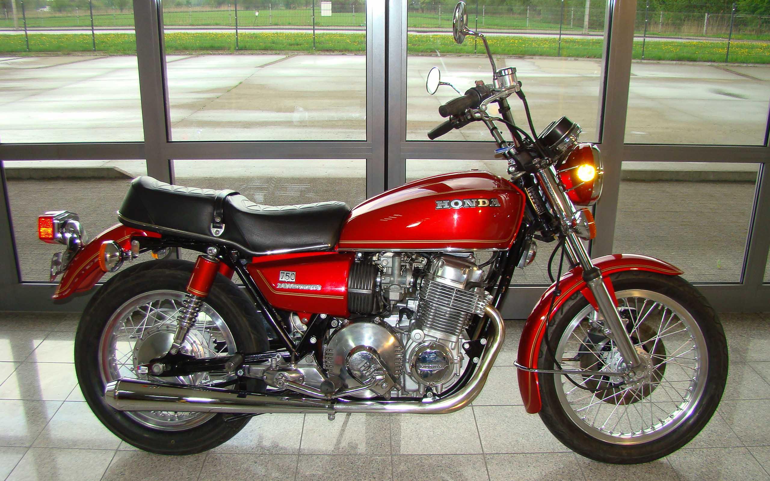 Honda CB750A Hondamatic